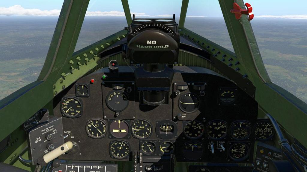 P-47N Thunderbolt_Cockpit 2.jpg