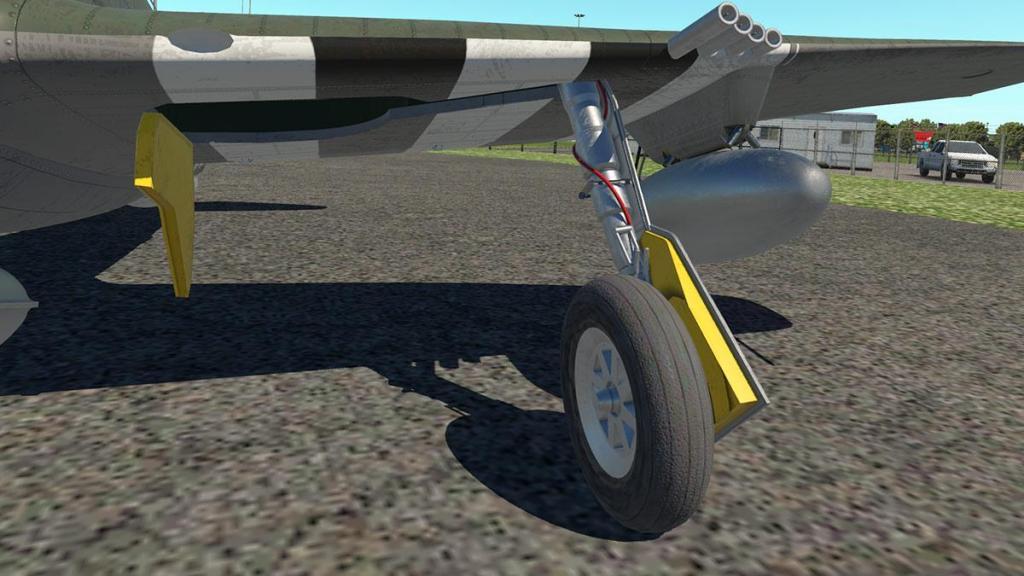 P-47N Thunderbolt_Ground 5.jpg