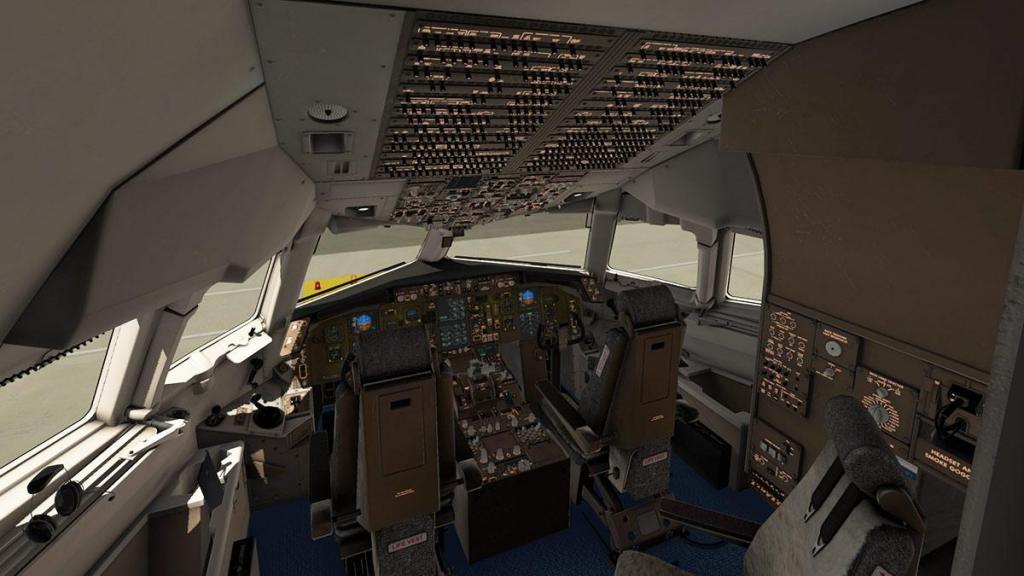 767-300F_Cockpit 2.jpg