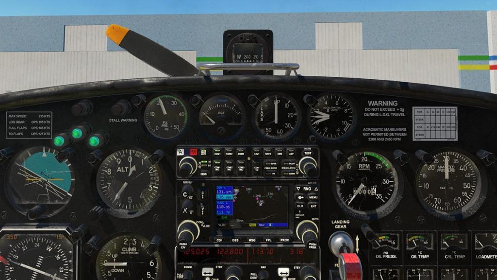 SF-260D_Instrument panel 7.jpg