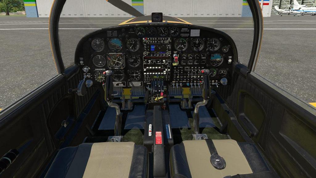 SF-260D_Instrument panel 1.jpg