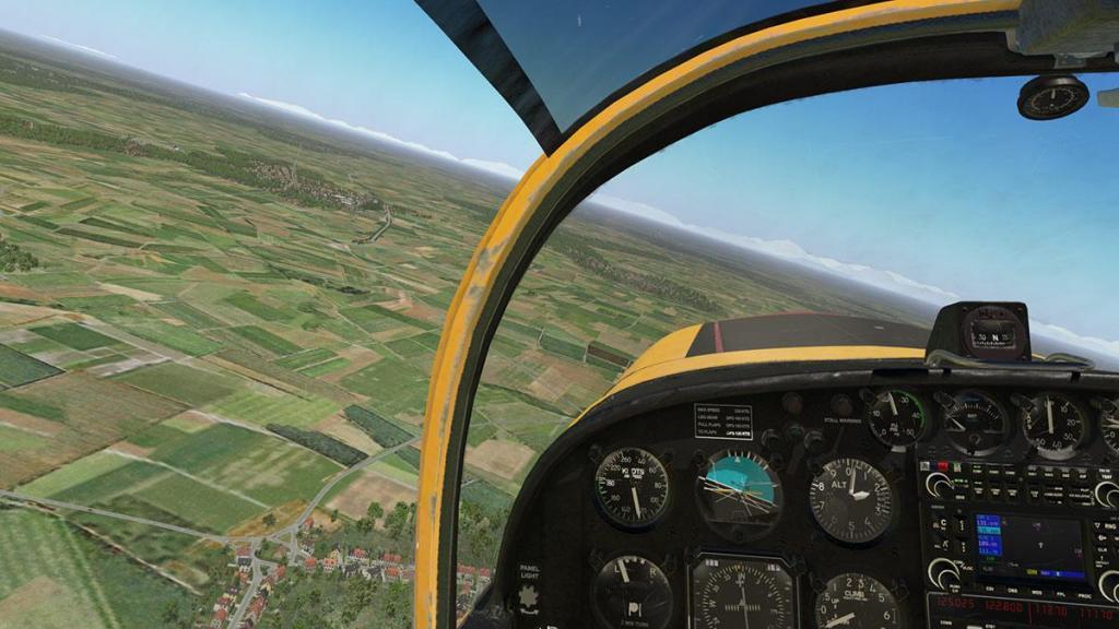 SF-260D_Fly 17.jpg