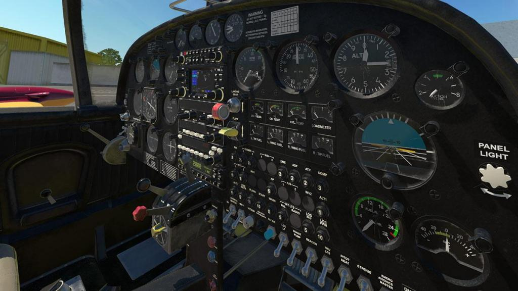 SF-260D_Instrument panel 4.jpg