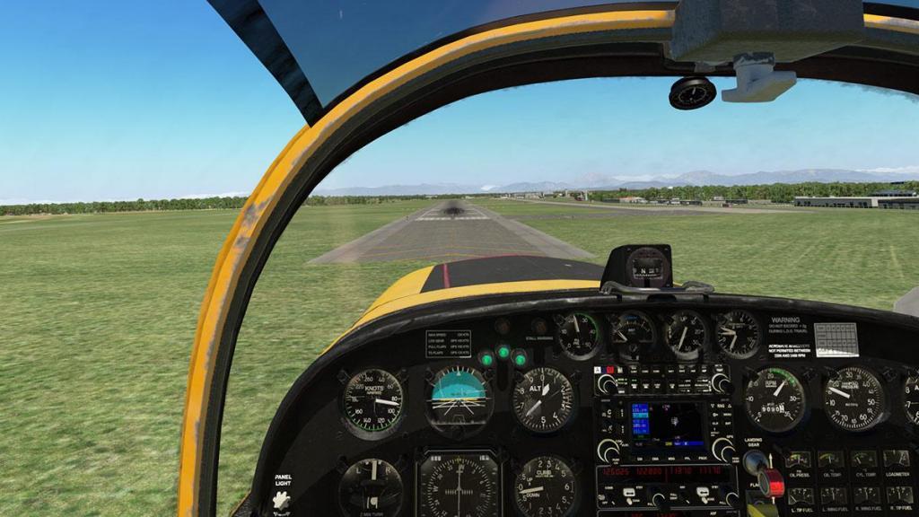 SF-260D_Fly 22.jpg