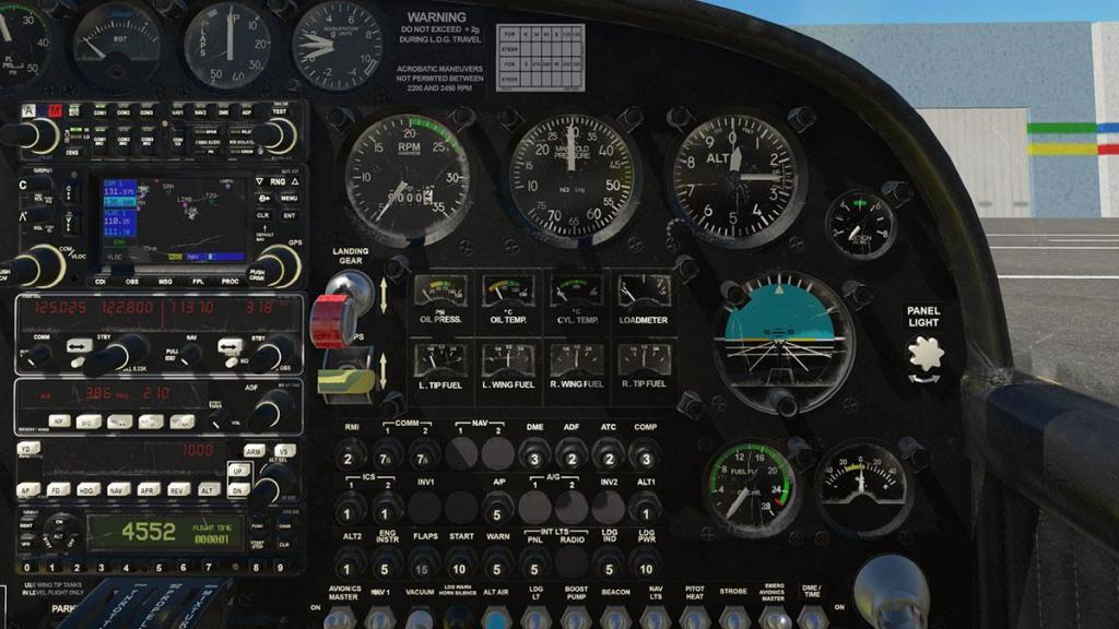 SF-260D_Instrument panel 6.jpg