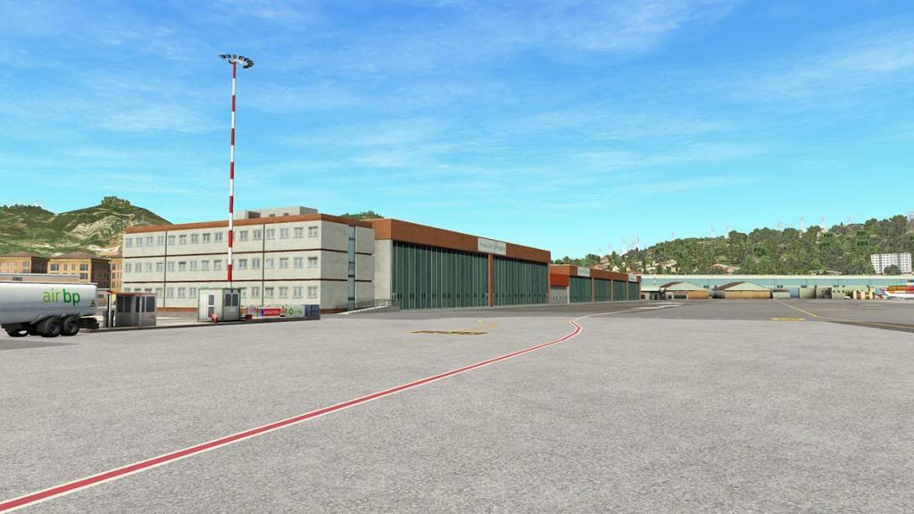 Aerosoft - LIMJ Hangars 2.jpg