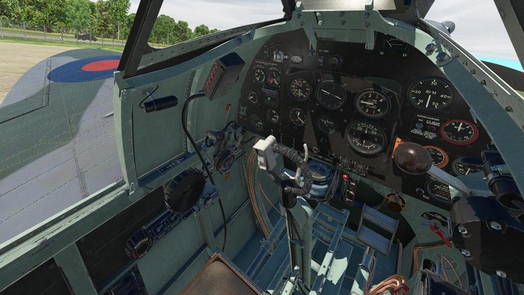 Spitfire L.F.Mk IXc_Cockpit 4.jpg