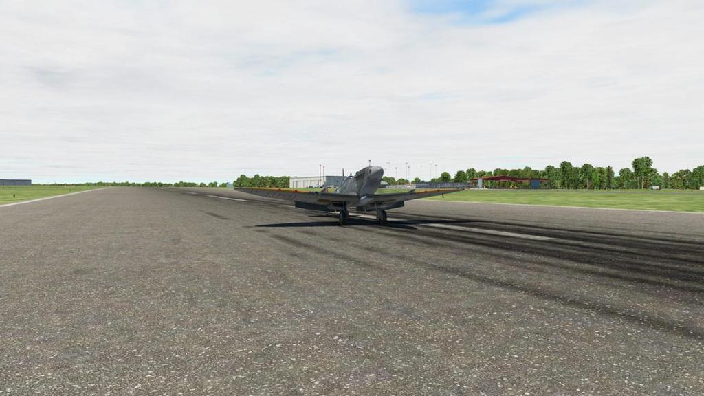 Spitfire L.F.Mk IXc_Landing 10.jpg