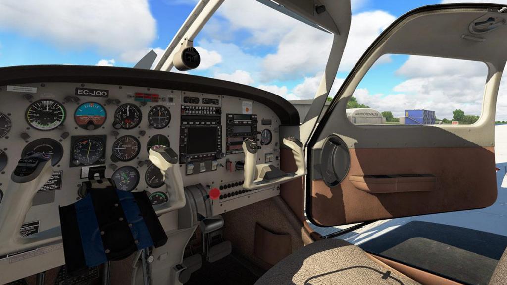 JF_PA28_Turbo Arrow_Cabin_Detail 6.jpg