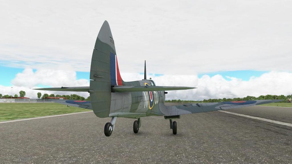 Spitfire L.F.Mk IXc_Flying 4.jpg