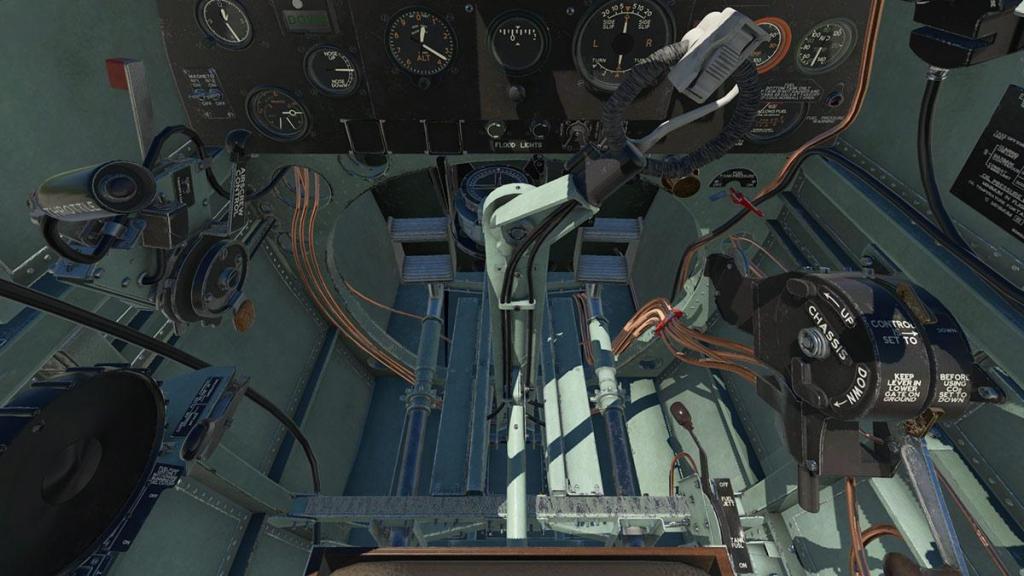 Spitfire L.F.Mk IXc_Cockpit 8.jpg