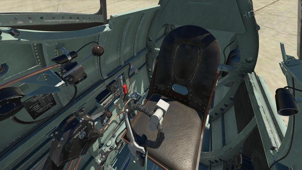 Spitfire L.F.Mk IXc_Cockpit 6.jpg
