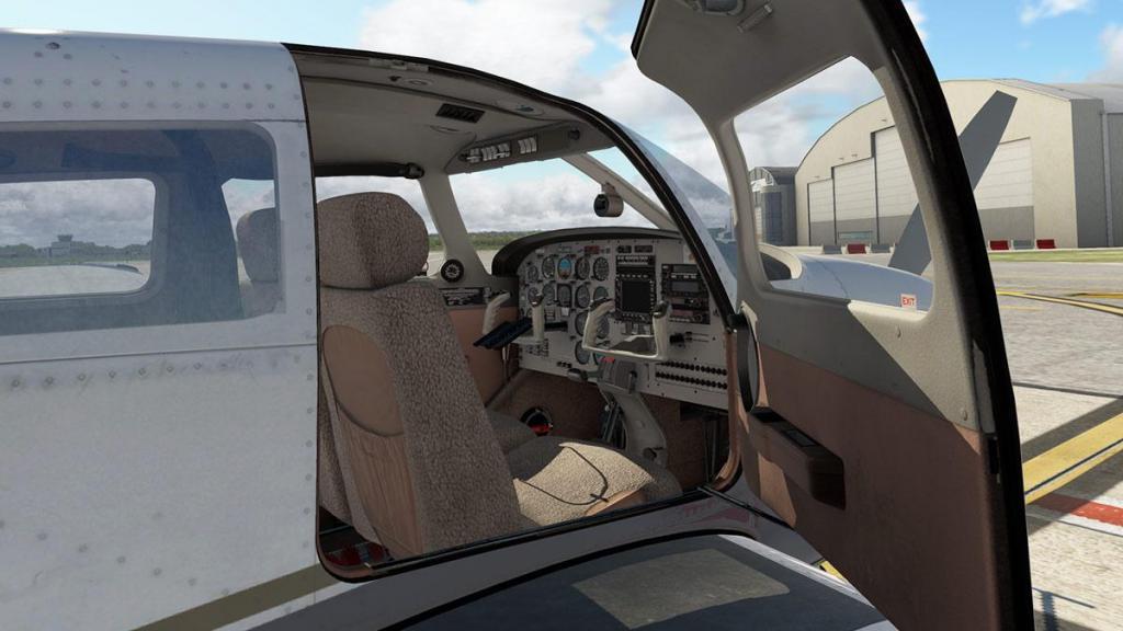 JF_PA28_Turbo Arrow_Cabin_Detail 1.jpg