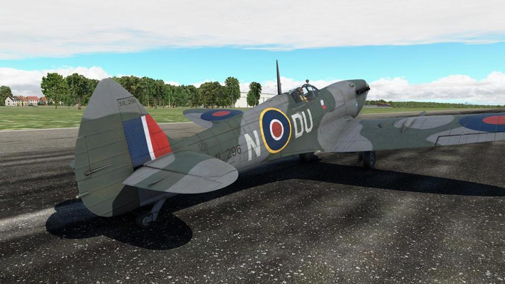 Spitfire L.F.Mk IXc_Flying 2.jpg