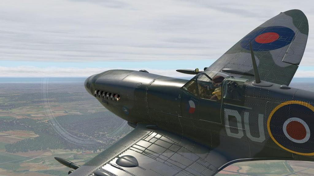 Spitfire L.F.Mk IXc_Flying 15.jpg