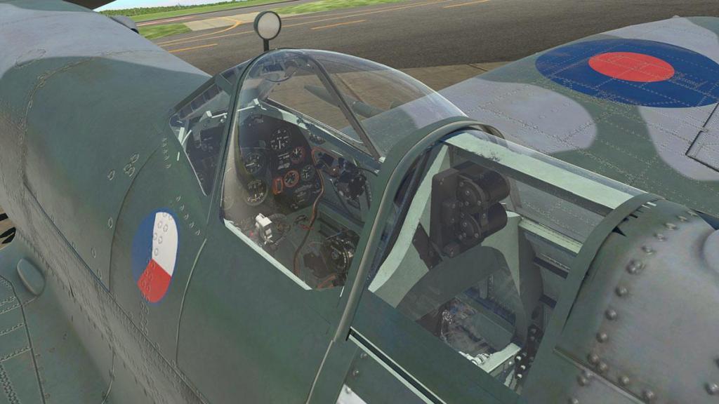 Spitfire L.F.Mk IXc_Glass 3.jpg
