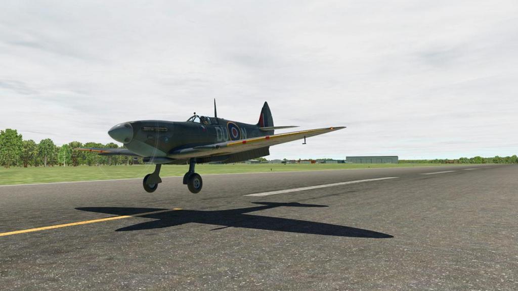 Spitfire L.F.Mk IXc_Landing 7.jpg
